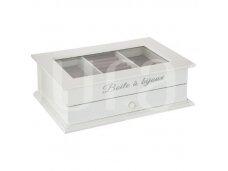 Balta papuošalų dėžutė