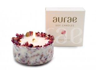 Natūralaus sojų vaško žvakė su rožių žiedlapiais 250 g